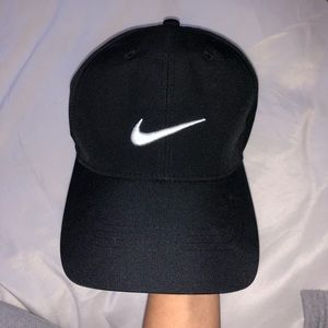 (NEW) Nike Cap